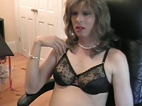 Donna Queen goes cam-to-cam