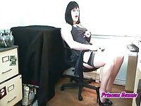 Crossdresser Bunnie Strokes In Stockings
