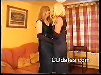 Sexy crossdressers suck each other off