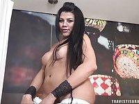 Kenya Rodrigues is a super tempting tranny girl
