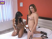 Sex hungry Patricia Bysmark and Rayssa Barbie fun