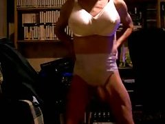 Crossdresser shows his body at gotranny.com