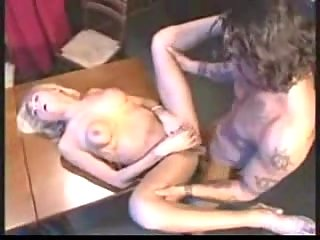 Table sex with a skilful at sucking trans