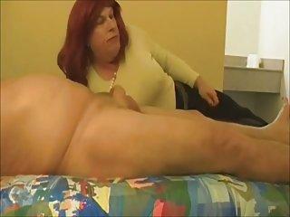 Mature Tammy sucks again
