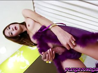 Tranny babe Toon spreading her ass cheeks