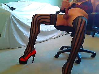 Sexy CD Webcam Wanking