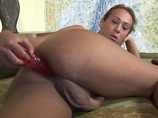 Solo Latina uses her sex toy